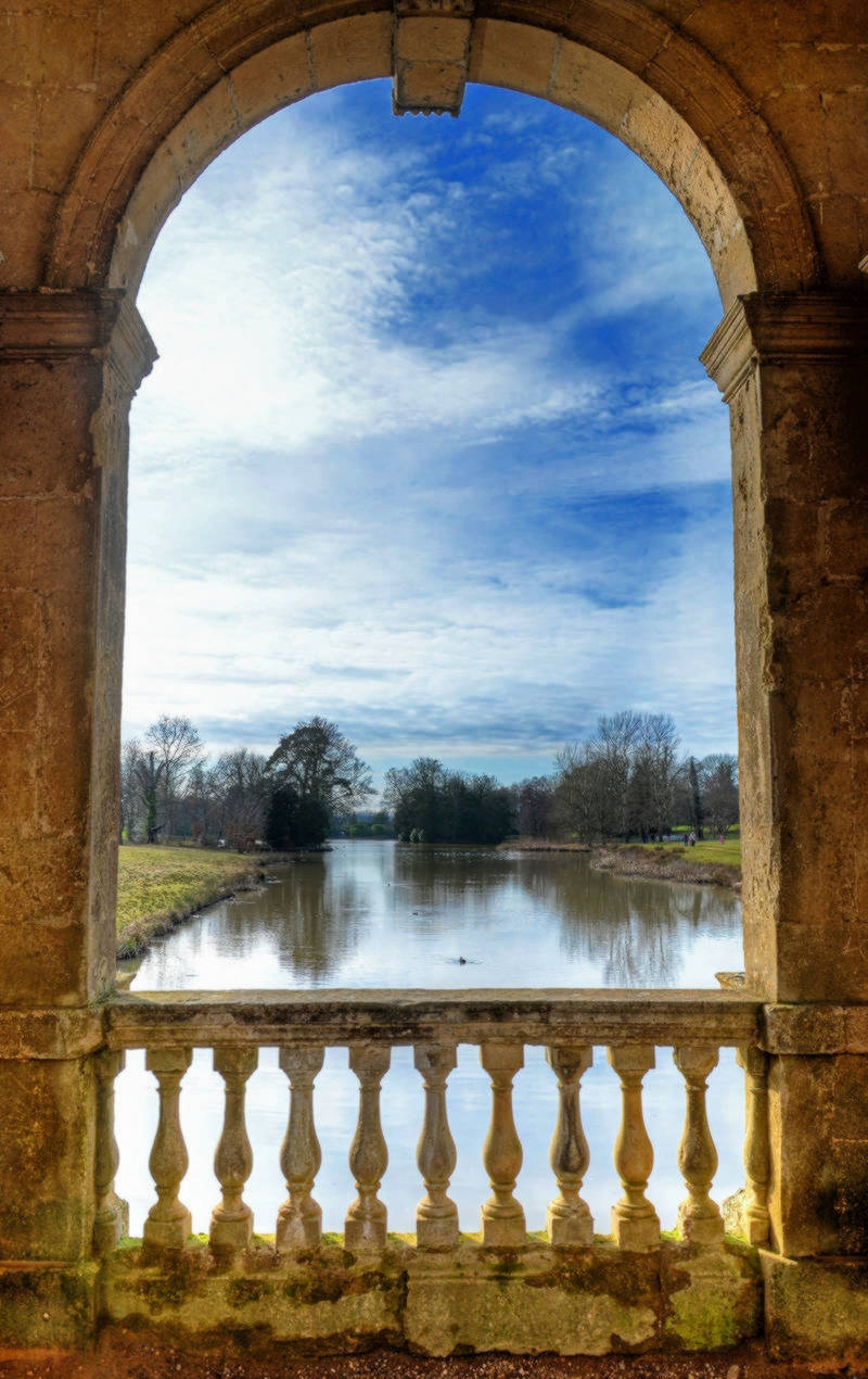 Stowe - view from the Palladian bridge. Credit Baz Richardson, flickr