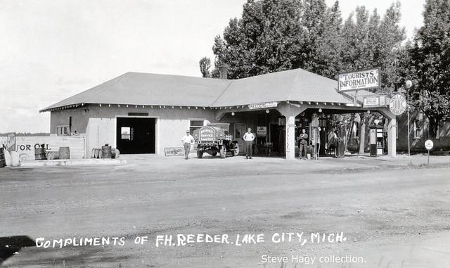 Reeder's Sinclair - Lake City MI
