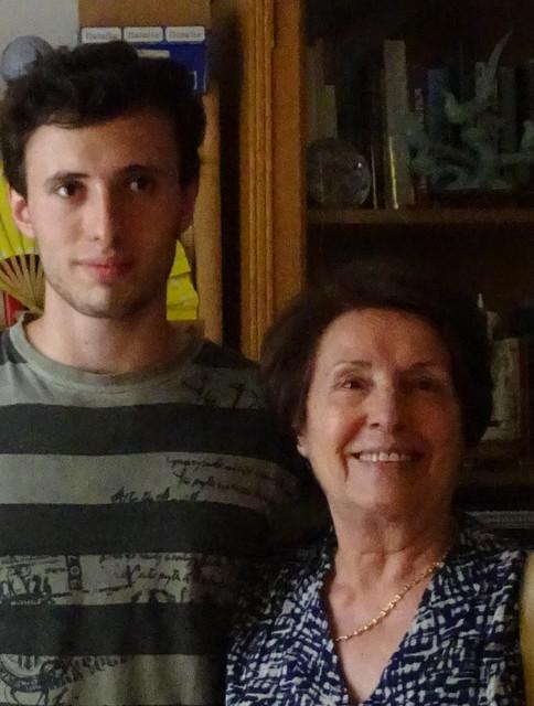 Ivo con su abuela
