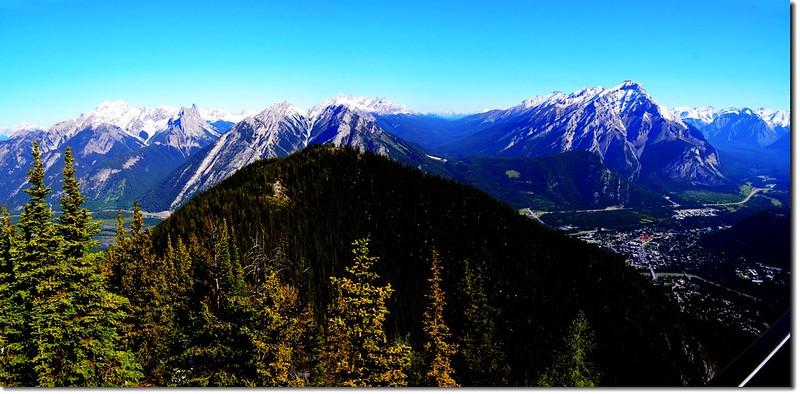 Panoramic View at meteorological station on Sanson Peak facing North 1