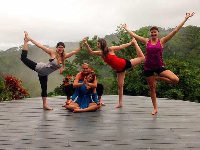 14-day yoga teacher training immersion community