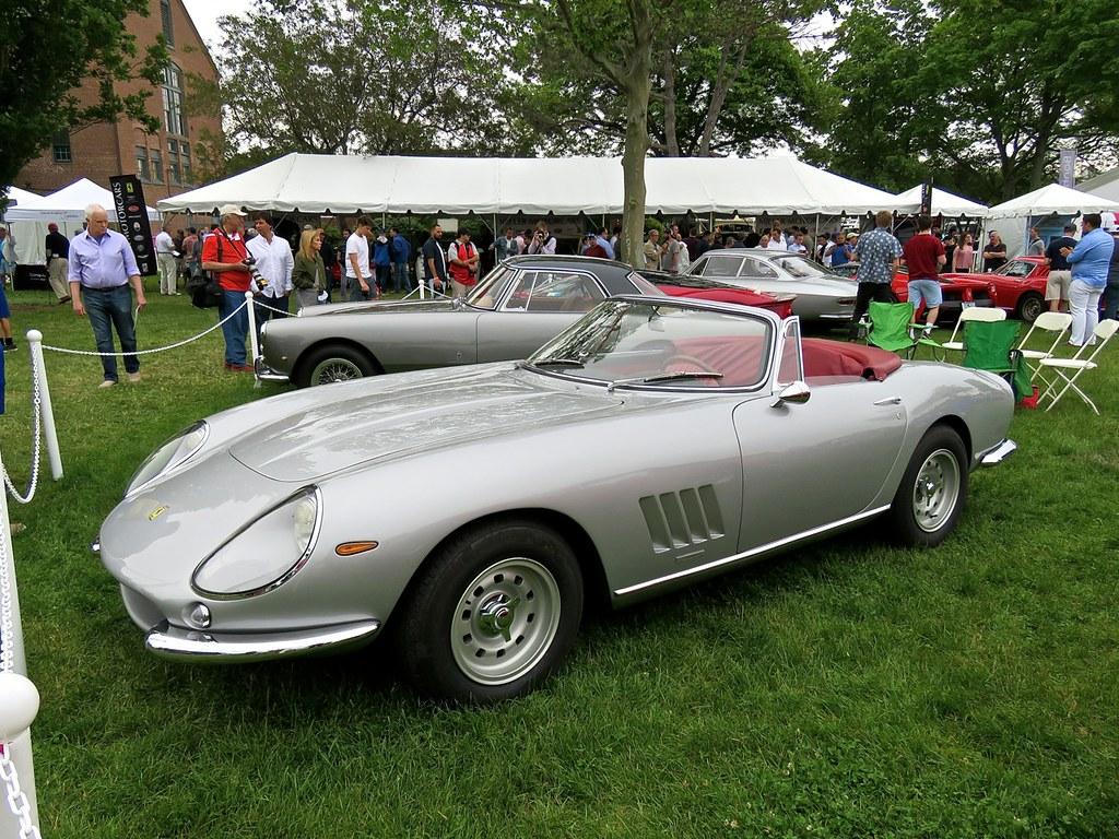 Ferrari 275 NART Spider Silver 2