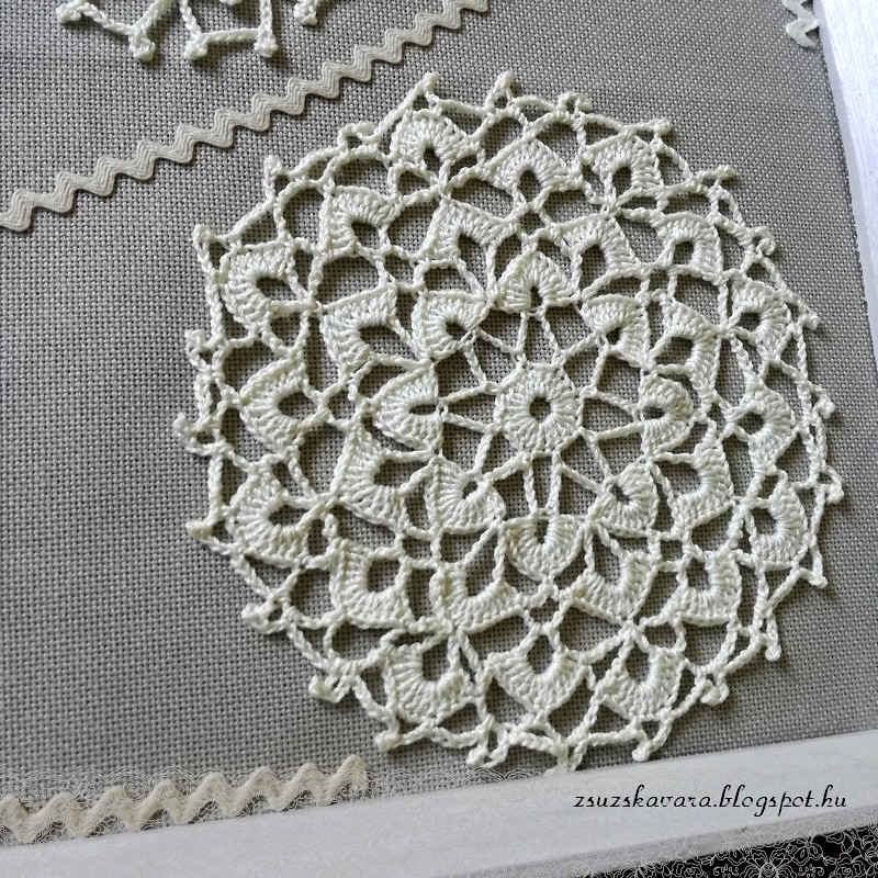 crochet flowers in frame (4)