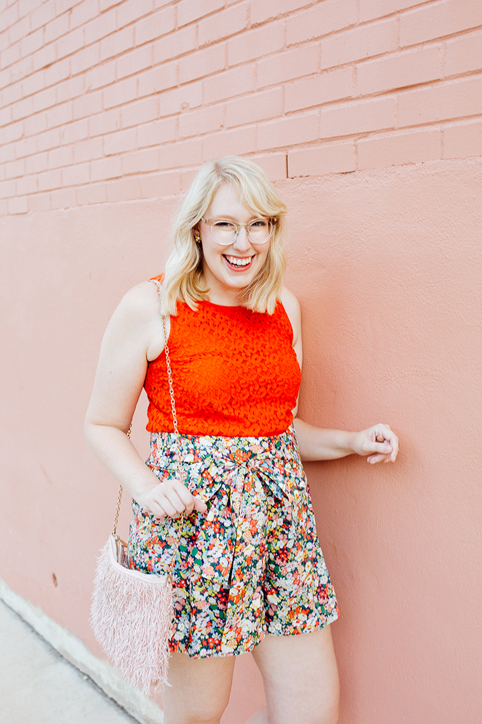 austin style blogger writes like a girl jcrew liberty floral shorts1
