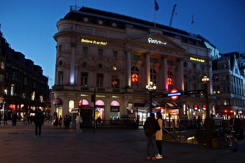 Hotels Near Tottenham Court Road London