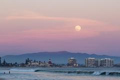Ful Moon over Coronado