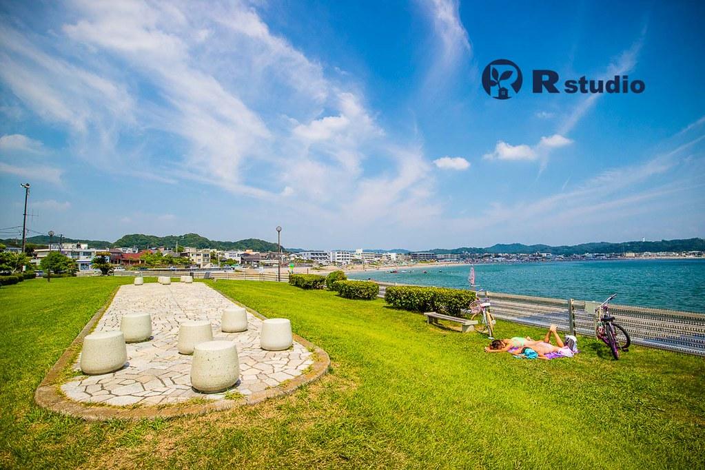鎌倉の中古マンション・マンション前の海浜公園