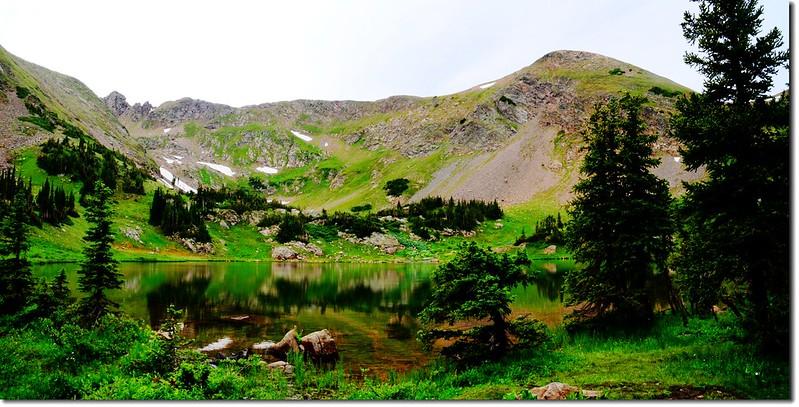 Rogers Pass Lake (1)