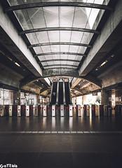 Perspective #sonya6300 #a6300 #a6000 #sonya6000 #a7 #explore #travel #sonyshooter #justgoshoot #sonyalphagang #sigma #bokehkillers #streetphotography #streetshooter #ishootraw #killeverygram #amazingphotohunter #citykillerz #streetmagazine #ig_mirrorless