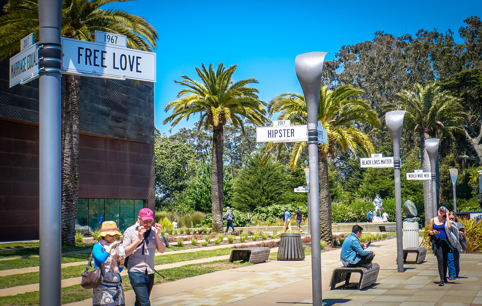 Photo Friday: Meet Me at the Corner of Free Love & Marriage Equality - #SummerOfLoveSF @DeYoungMuseum