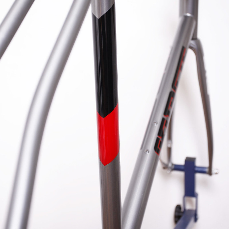 Kualis Cycles Steel disk road Frame & ENVE Fork.