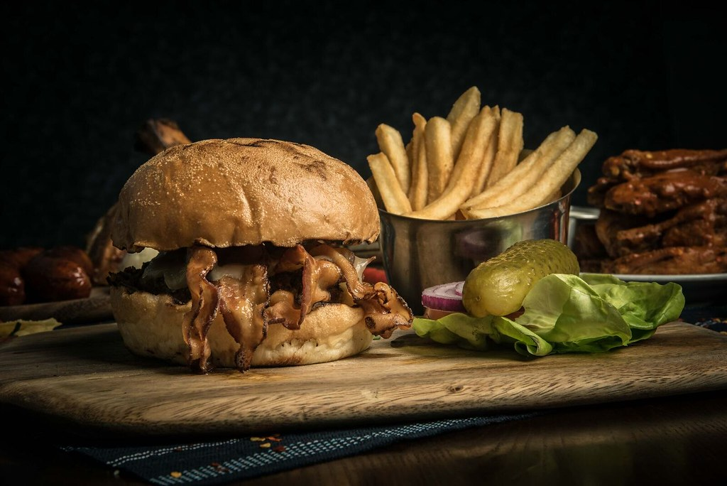 brewerkz-cowboy-burger