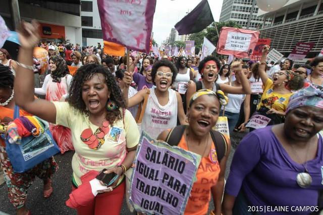 Mudar a vida das mulheres negras para mudar o Brasil