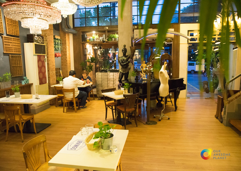 Irving's by Cafe Juanita-4.jpg