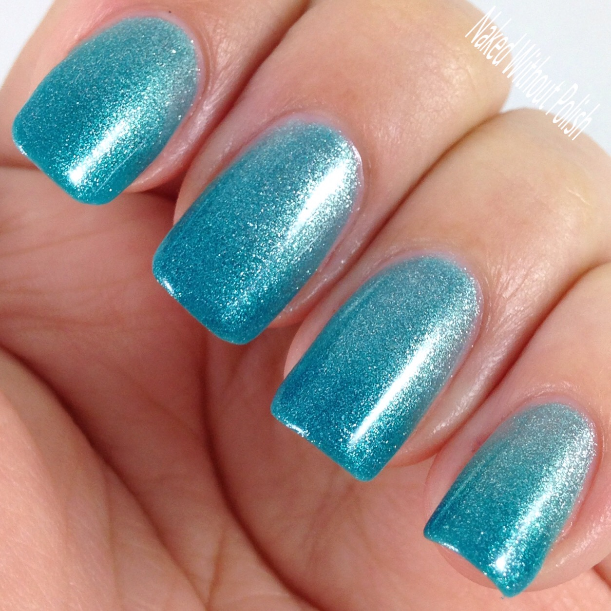 Le-Chat-Nails-Glistening-Waterfall-5