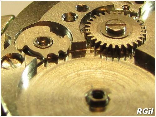 Ce qu´il y a dedans d´une Vostok Amphibia, avec des photos. 35979546665_937a6869dc