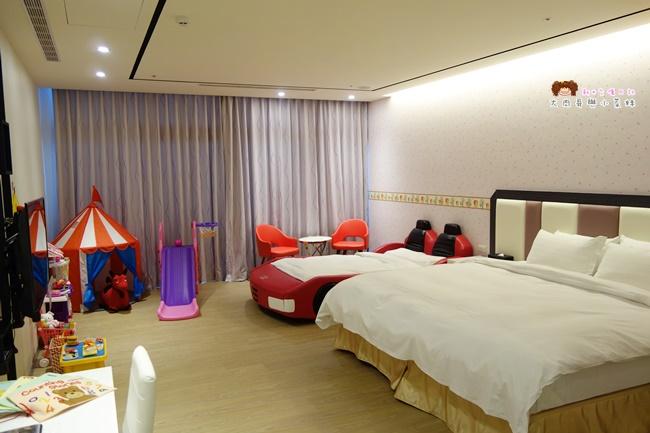 悠逸休閒旅館 家庭親子房 (6).JPG