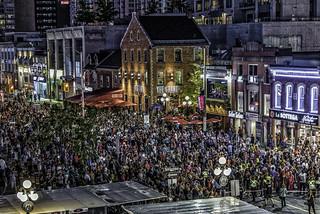 La Machine Ottawa July 2017 Crowd on the Market