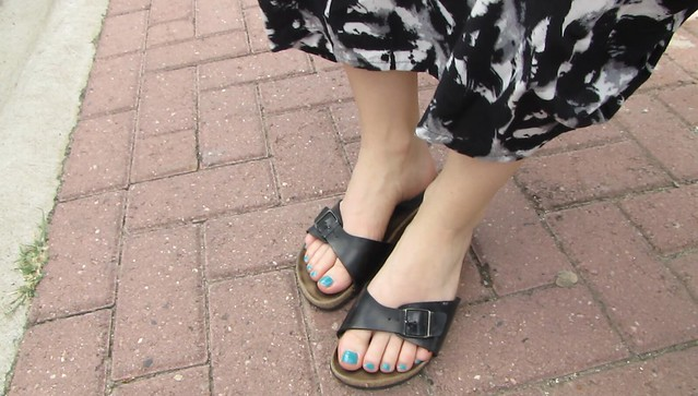 Irish women polish blue size 8