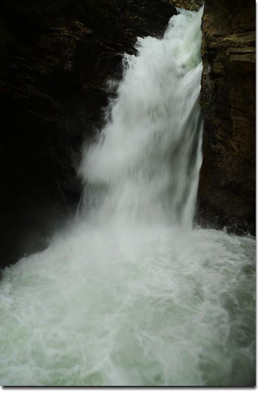 Johnston Canyon Falls (lower) (5)