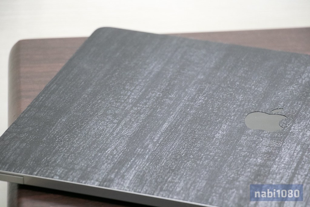 dbrand スキンシール iPhone iPad MacBook Pro26
