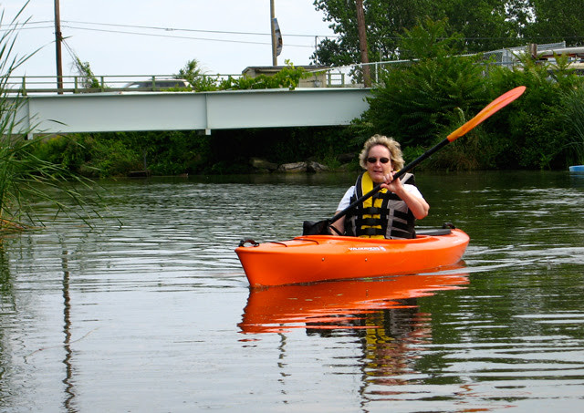 07-Dalecki-Lab-Sally-KayakTrip2009