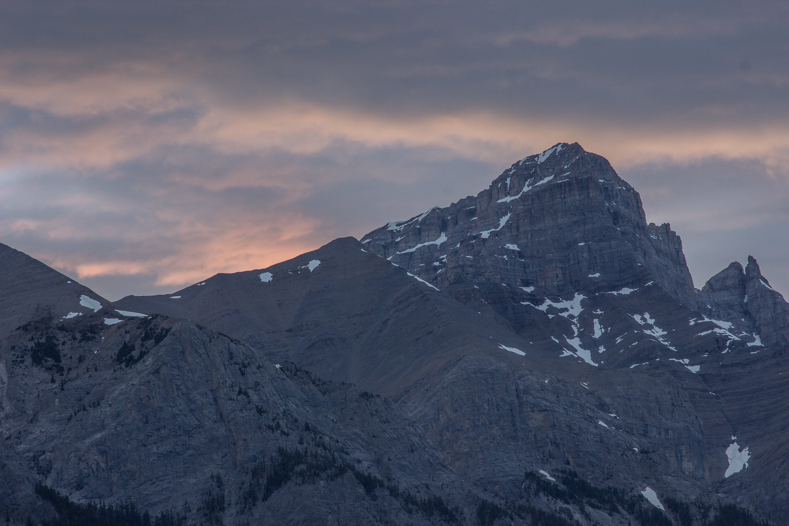 Pink clouds at sunset over Mount Rundle