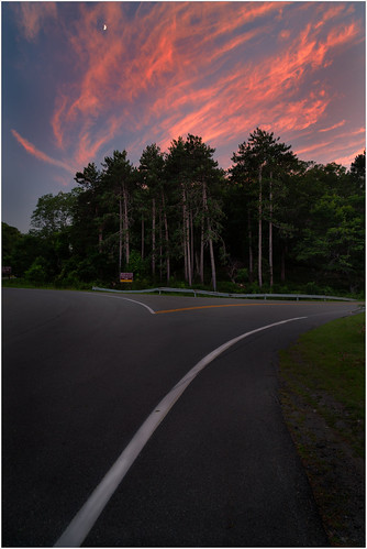 color sunset nature newyork moon speed curb summer 2017 road travel twilight sky kitchenutensil asphalt tall cloudsky split landscape pine plants street harrimanpark city ruralscene weather clouds trees blue tree highway forest colors harrimanstatepark unitedstates fork pink outdoors