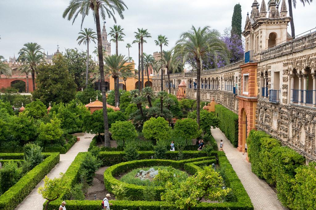 Seville-07593-2