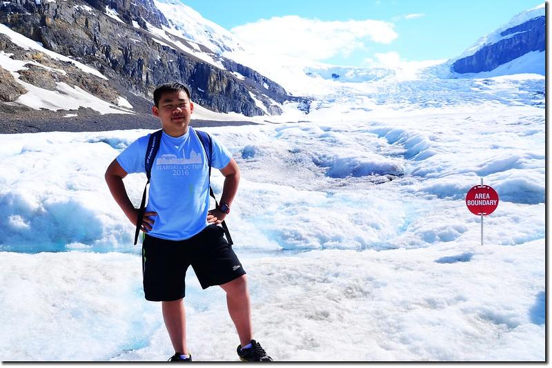 On Athabasca Glacier (6)