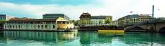 Genève - panoramique sur le Rhône - de gauche à droite les Halles de l'ile, le bateau-lavoir et le pont de la Coulouvrenière