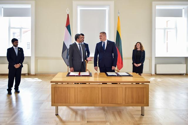 عبدالله بن زايد يلتقي وزير داخلية ليتوانيا, Nikon D4S, AF-S Zoom-Nikkor 14-24mm f/2.8G ED