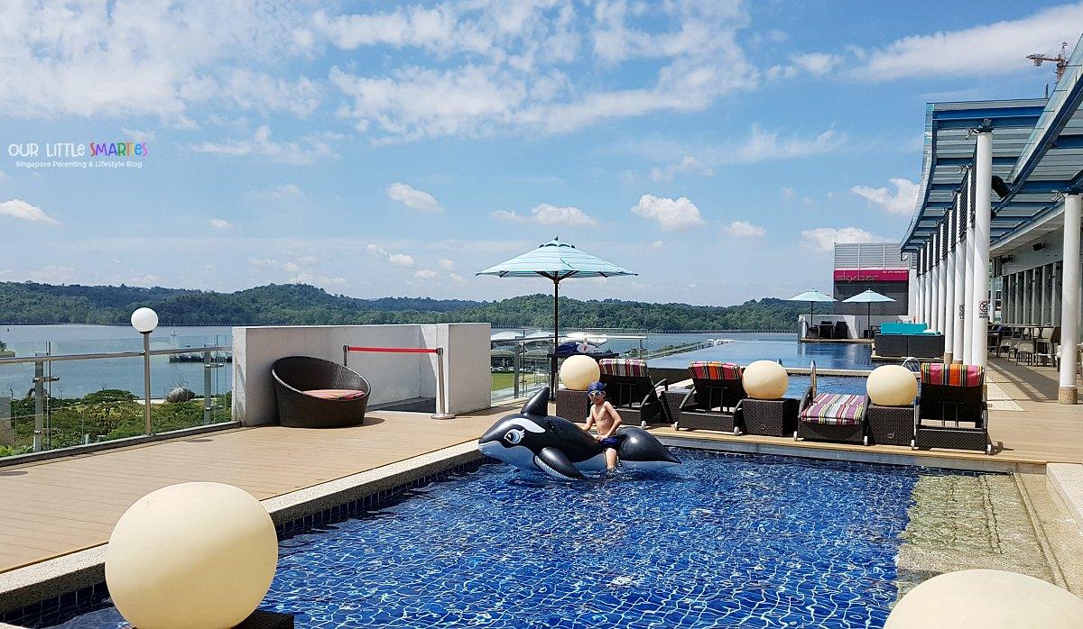 Hotel Jen Puteri Harbour Infinity Pool