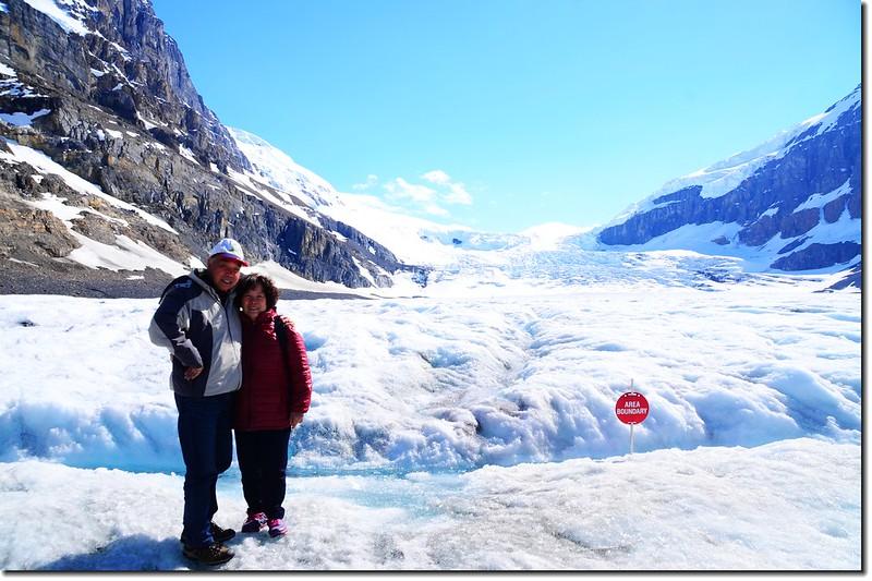 On Athabasca Glacier (7)