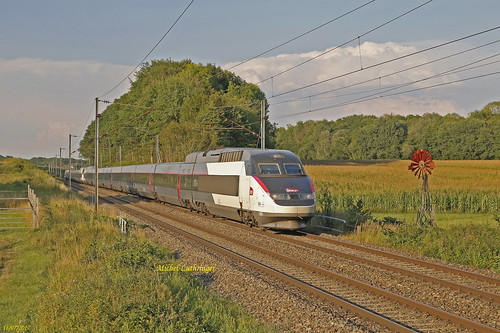UM TGV SE 544-547 Train 6826 Mulhouse-Marseille à Vadieu-Lutran