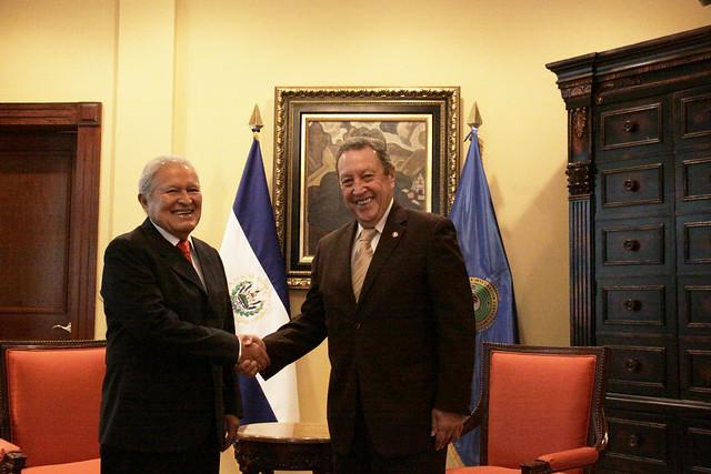 Secretario General del SICA, Vinicio Cerezo sostiene reunión con Presidente de El Salvador, Salvador Sánchez Cerén