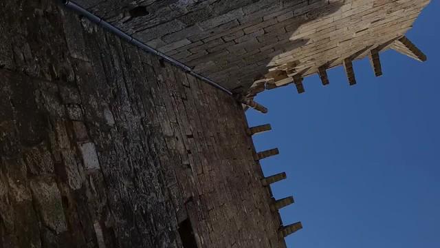 Château de Portes (XI au XIV) Gard
