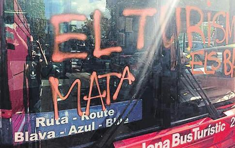 17g30 El turismo mata variante Uti 485