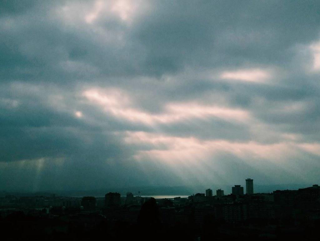 Nubes esta mañana camino al trabajo. #clouds #coruña #photography #phonephoto #vsco #summer