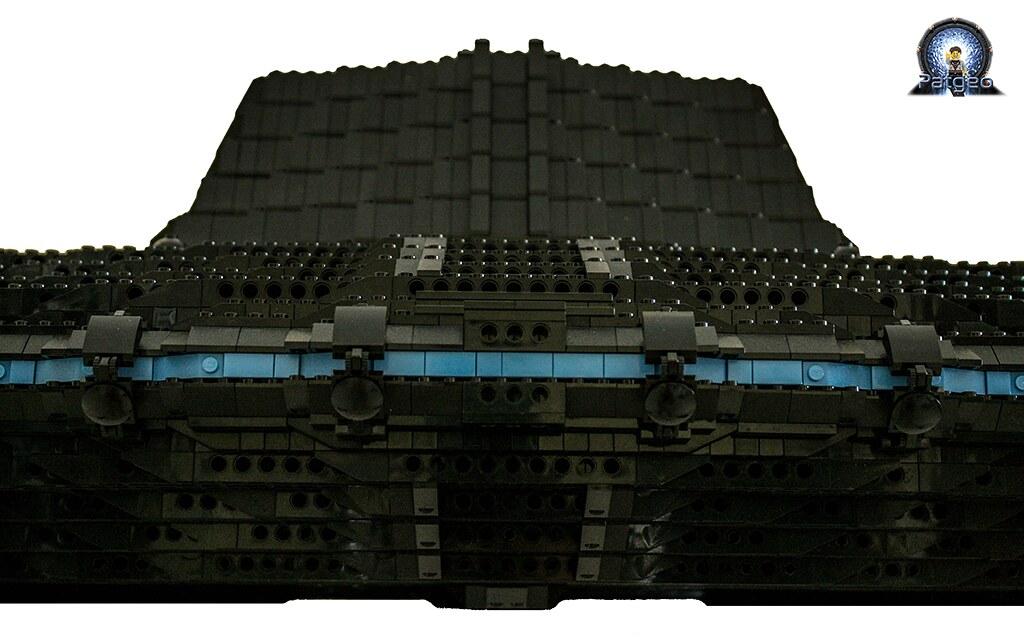 [MOC]: Destiny - Starship from Stargate Universe 36007831035_7c69cf6aa1_b