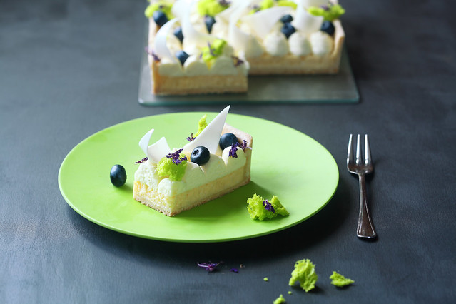 Lime Tart with Blueberries and Cream Cheese