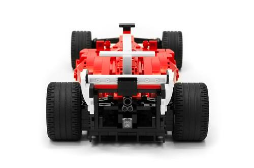 Ferrari SF70H (10)