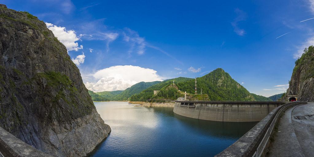 Lacul Vidraru HDR Pano