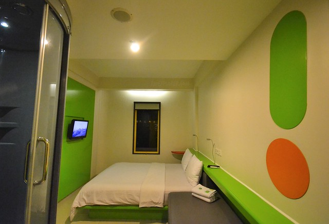 pop hotel teuku umar rooms