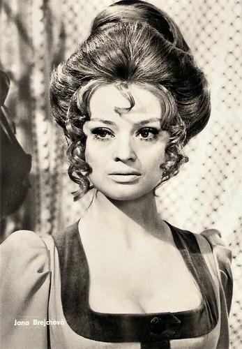 Jana Brejchová in Luk královny Dorotky (1971)