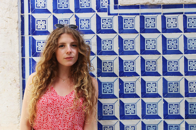 me in front of the azulejos