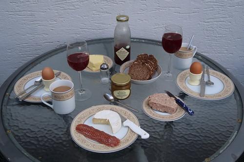 Fünftes Frühstück in unserer Ferienwohnung in der Rhön