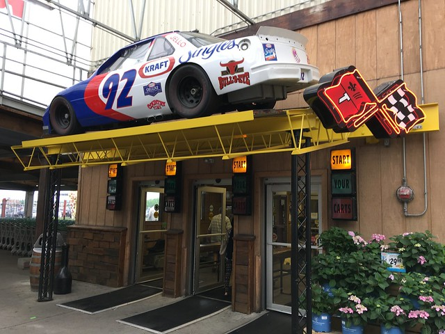 Nascar - Jungle Jim's