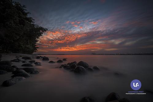 sunset punggol punggolbeach singapore color beach water longexposure landscape seascape nikon d750 1635mm haida haidafilter 6stops rock