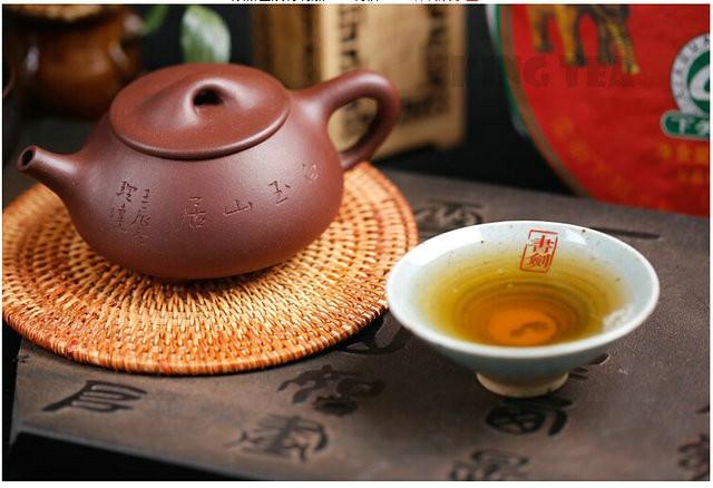 Free Shipping 2012 XiaGuan 88Green Beeng Cake 357g YunNan MengHai Organic Pu'er Raw Tea Weight Loss Slim Beauty Sheng Cha